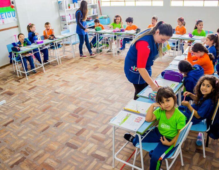 sala de aula escola cristã